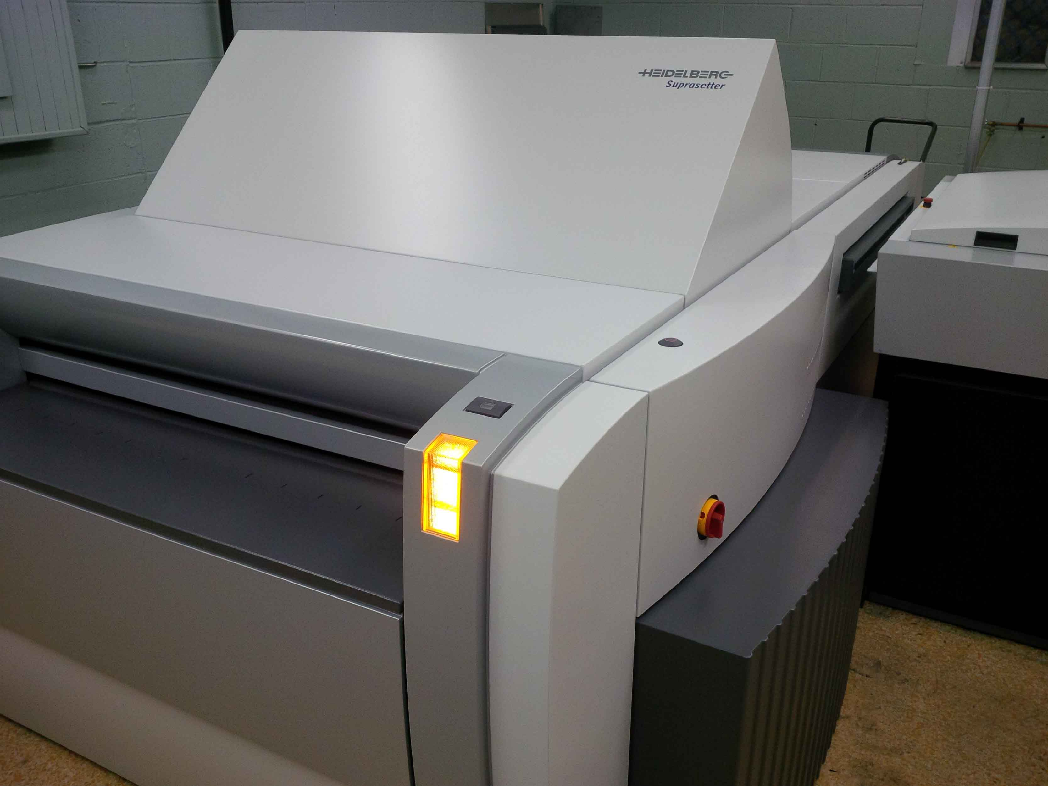Lindsay Paper Box Company uses a Print-Ready system.